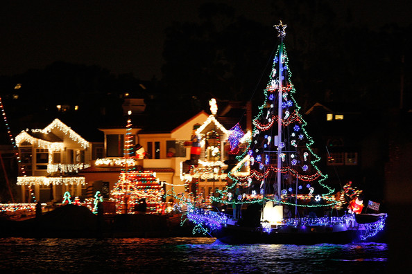 Boats+Yachts+Take+Part+Newport+Beach+Christmas+z8T6EpGla8ol.jpg