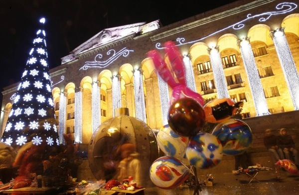 christmas_decorations_tbilisi_georgia.jpg