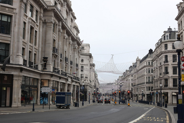Streets+London+Calm+Empty+Christmas+Day+QfD0Gmjzuv9l.jpg