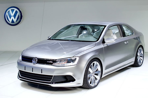 detroit_motor_show_volkswagen_new_compact_coupe_hybrid2.jpg