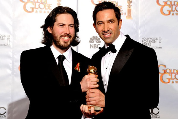 golden_globes_2010_jason_reitman_sheldon_turner_up_in_the_air.jpg