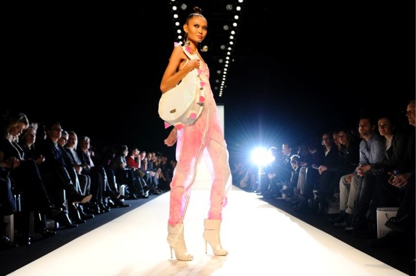 fashion_week_berlin_2010_sam_frenzel03.jpg