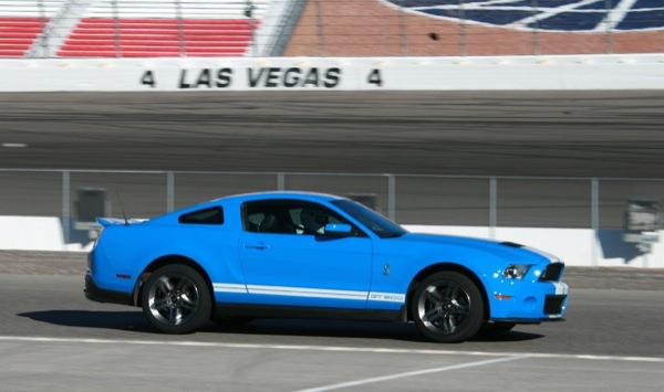 ford_mustang_shelby_gt_500_3.jpg