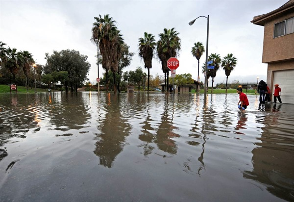 california_deluged08_long_beach.jpg