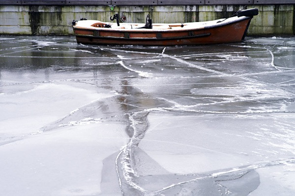 germany_winter_hamburg_ice2.jpg