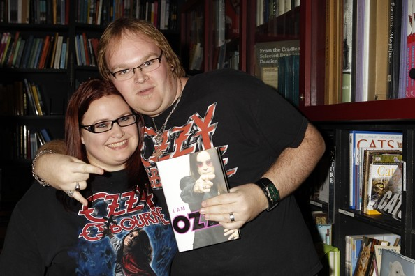 Ozzy+Osbourne+Signing+Copies+New+Book+Ozzy+t4NZN_cE6pCl.jpg