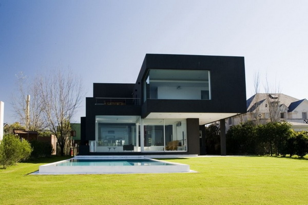 the_black_house-01.jpg