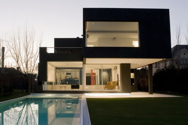 the_black_house-02.jpg