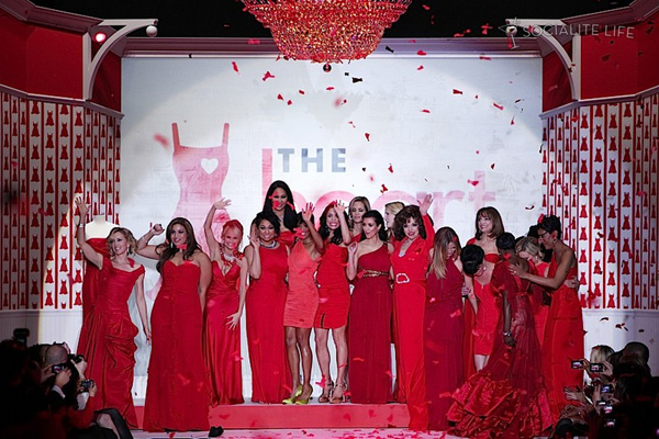 gallery_main-heart-truth-red-dress-runway-2010-photos-02122010-31.jpg