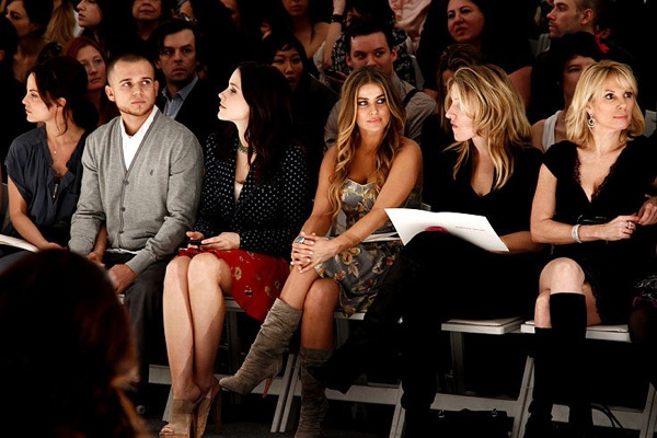 Carmen Electra and Mena Suvari at Rebecca Taylor fashion show
