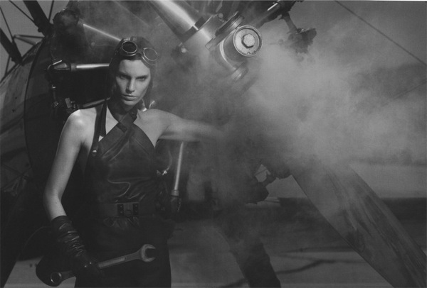 Iris_Strubegger_Hermes_ad_campaign_by_Peter_Lindbergh.jpg