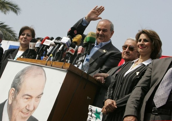 Former prime-minister Ayad Allawi campaigns for election