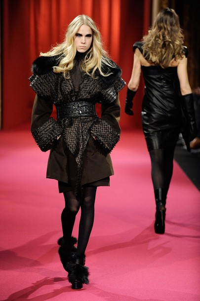 paris_fashion_week_fall_winter_2011_lie_sang_bong03.jpg
