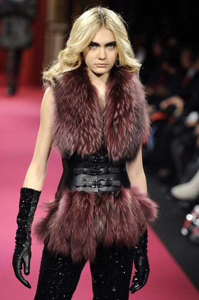 paris_fashion_week_fall_winter_2011_lie_sang_bong05.jpg