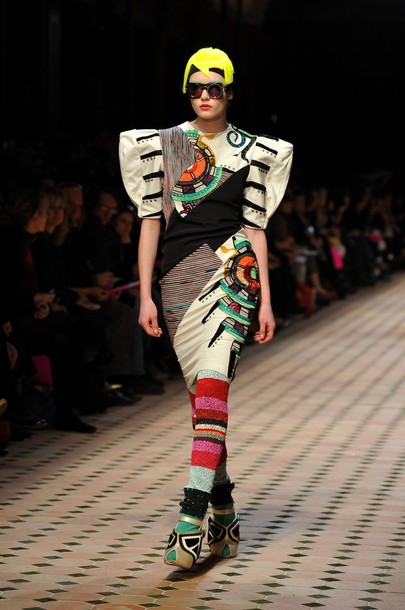 paris_fashion_week_fall_winter_2011_manish_arora02.jpg
