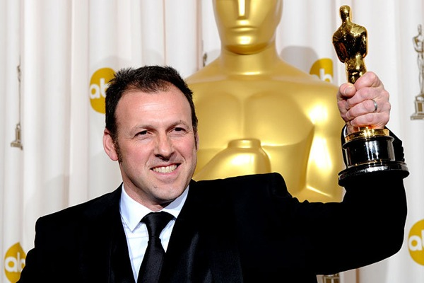 82nd_oscar_awards_cinematography_mauro_fiore_avatar.jpg