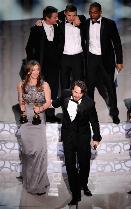 82nd_oscar_awards_hurt_locker_team2.jpg
