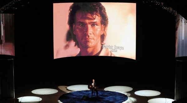 82nd_oscar_awards_in_memoriam_patrick_swayze_performance_by_james_taylor.jpg