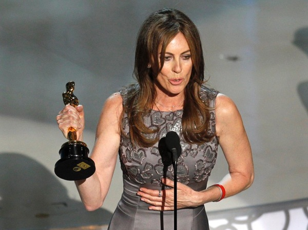 Kathryn Bigelow receives Oscar for best Director - The Hurt Locker