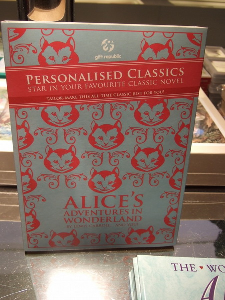 9alice-wonderland-london-selfridges-oxford-street-paperoddbird_.jpg