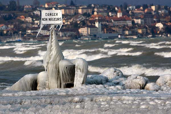 ice_weather_lake_neuchatel2.jpg