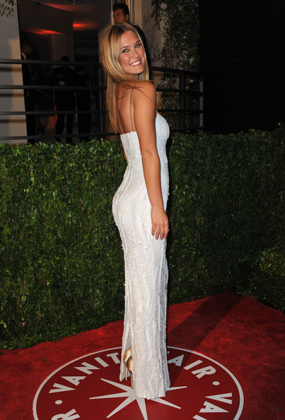 oscar_after_party_bar_refaeli.jpg