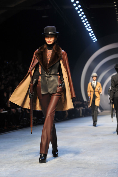 hermes_fall_winter_2011_pfw_04.jpg