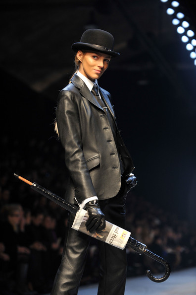 hermes_fall_winter_2011_pfw_12.jpg