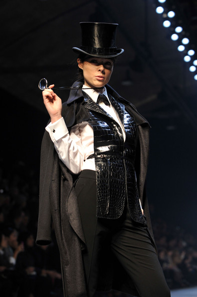hermes_fall_winter_2011_pfw_16.jpg
