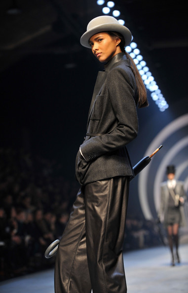 hermes_fall_winter_2011_pfw_26.jpg