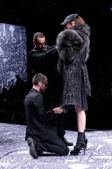 viktor_rolf_fall_winter_2011_paris_designer5.jpg