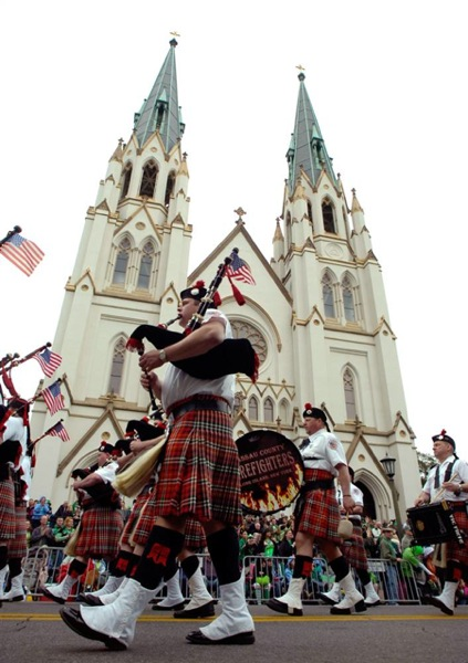 st_patricks_day_parade_savannah_ga2.jpg