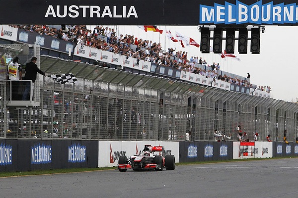 Jenson Button Mclaren wins Grand Prix Formula-1 Melbourne