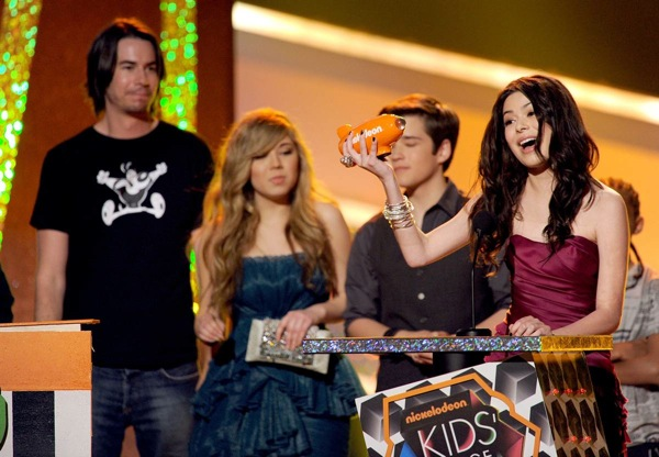 kids_choice_awards_jerry_trainor_jennette_mccurdy_nathan_kress_miranda_cosgrove_iCarly.jpg