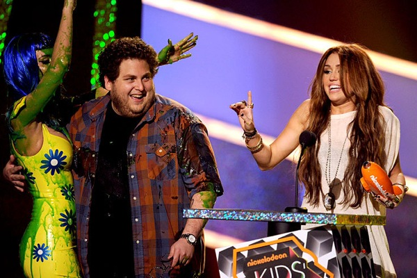 kids_choice_awards_katy_perry_jonah_hill_miley_cyrus.jpg