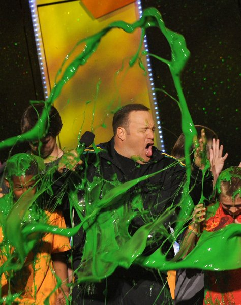 kids_choice_awards_kevin_james.jpg