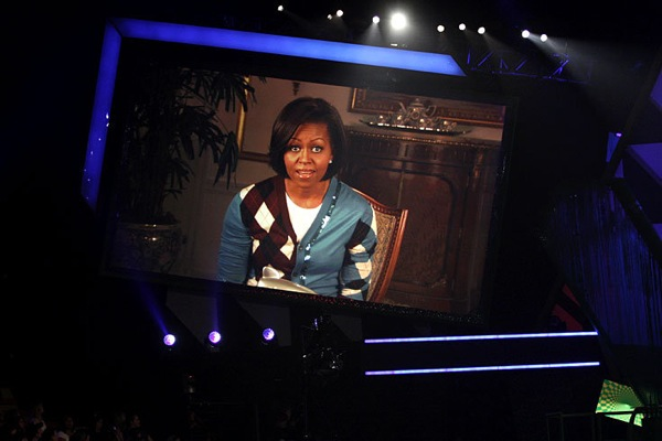 kids_choice_awards_michelle_obama_lets_move_campaign_big_help_award.jpg
