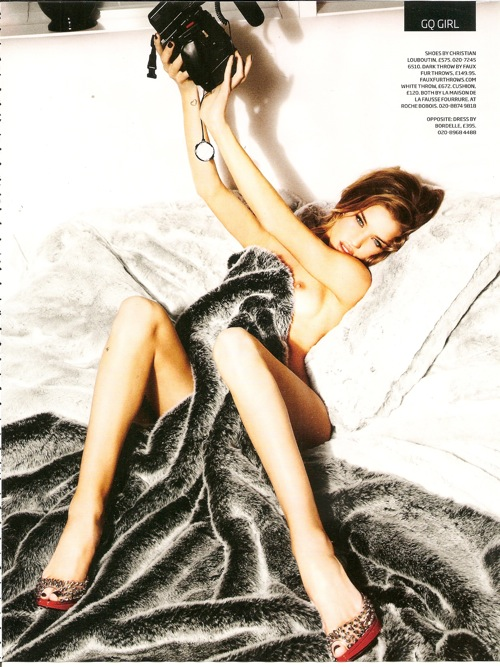 rosie_huntington_whitele_gq_britain_06.jpg