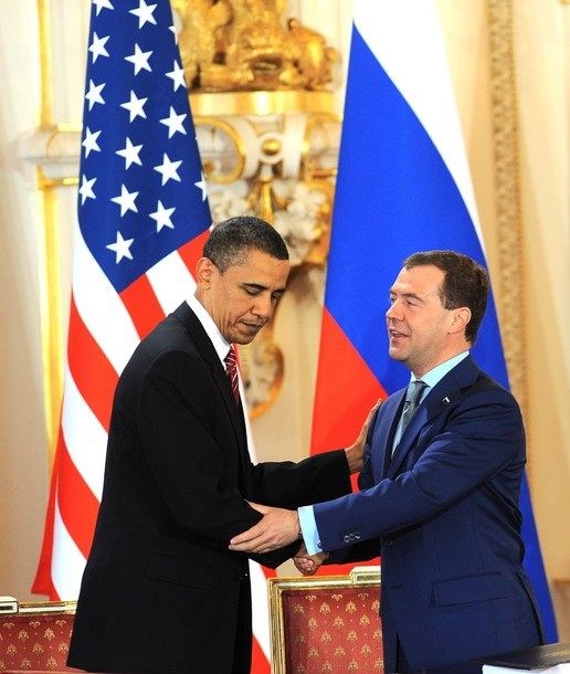 medvedev_obama_treaty05.jpg