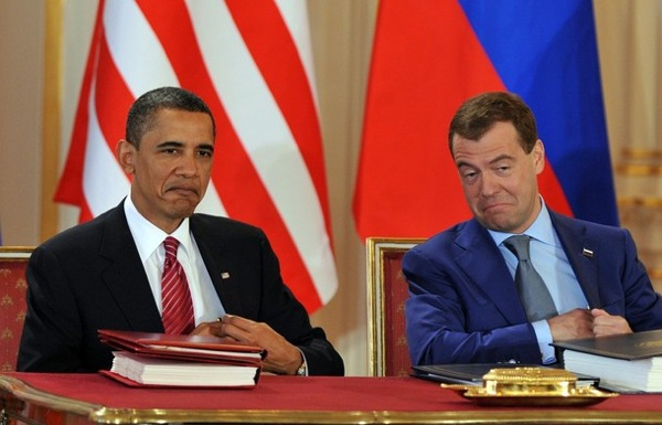 medvedev_obama_treaty09.jpg