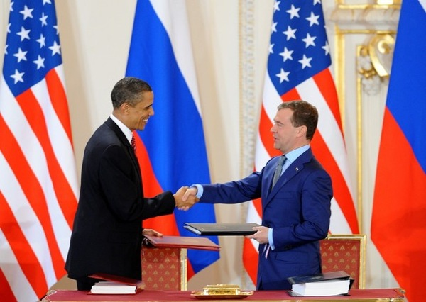medvedev_obama_treaty13.jpg