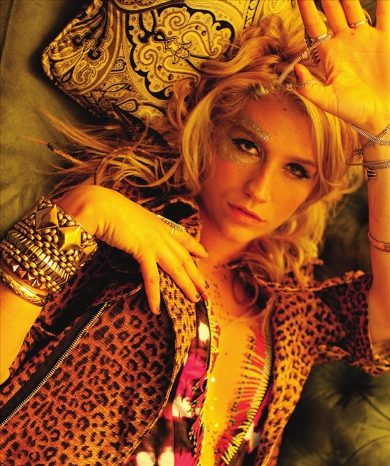 kesha_foam_april_2010.jpg
