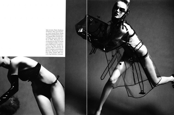 steven_meisel_over_the_glam_vogue_italia03.jpg