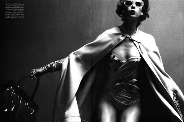 steven_meisel_over_the_glam_vogue_italia04.jpg