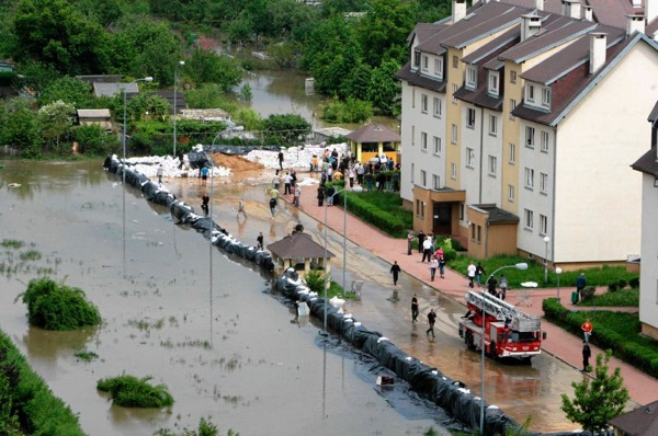 floods_poland_protection.jpg