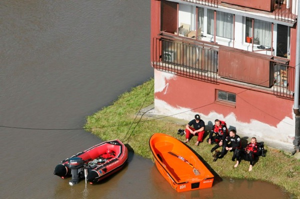 floods_poland_protection2.jpg