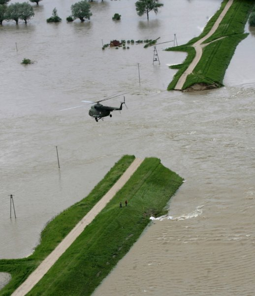 floods_poland_swiniary2.jpg