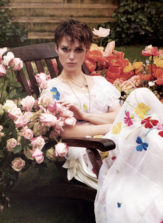 keira_knightley_elle_us_april_2005_3.jpg
