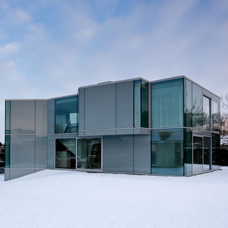 dzn_H-House-in-Maastrich-by-Wiel-Arets-Architects-1.jpg