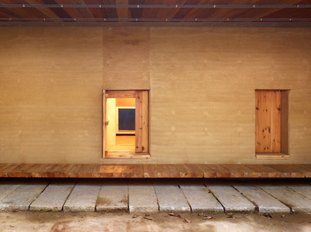dzn_Earth-House-by-BCHO-Architects-31.jpg